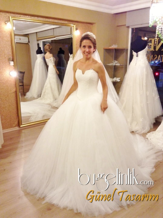 Wedding Dresses In Turkey | Elegant Weddings